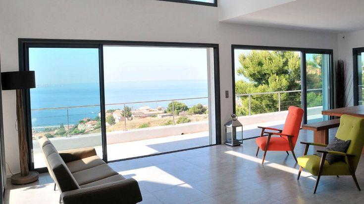 baie vitrée salon vue sur mer