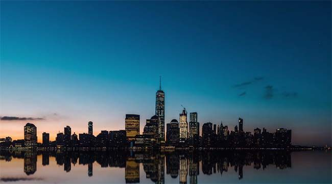 A New York City Timelapse Like You've Never Seen #timelapse #NewYorkCity #atasteofnewyork #travel