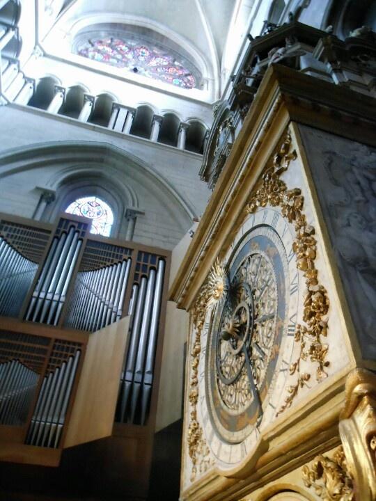 Astronomical clock, Lyon