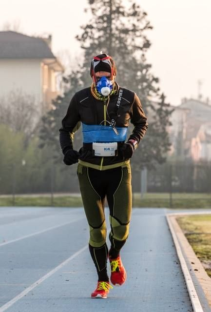 Test VO2MAX performed with COSMED K4b2 by sport trainer Paolo Negrini on athlete of the X-Bionic Running Team (foto Ester Ruzzante).