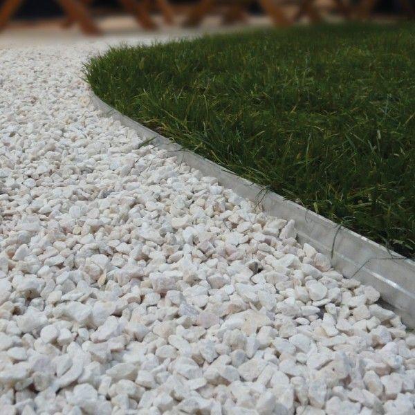Les 25 meilleures id es concernant bordure de trottoir sur for Gravier cour exterieure