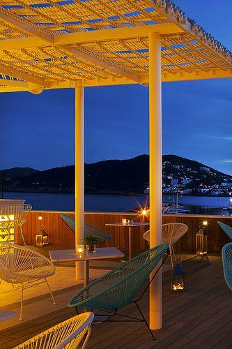Restaurant Vi Cool. Salvador Camacho, 9 07840 Santa Eulalia del Rio, Ibiza. Tel. +34 971 319 991