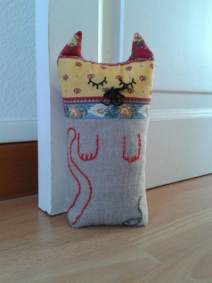 cale porte en lin et tissu en forme de chat cadeau naissance original. Black Bedroom Furniture Sets. Home Design Ideas