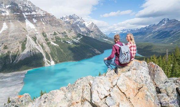 أبرز الوجهات السياحية في كندا تجذب عشاق المغامرة Natural Landmarks Landmarks Nature