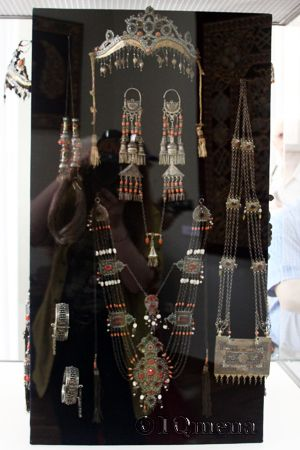 Узбекские старинные украшения из коллекции Ташкентского Музея декоративно-прикладного искусства