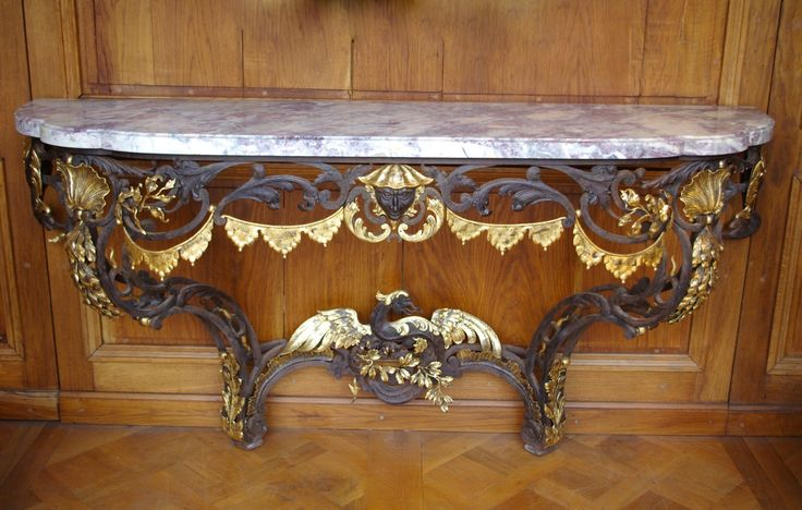 Louis XV style chinoiserie console from the 19th century #goldleaf #wroughtiron #marble #antiques