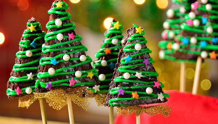 Arbolitos navideños de brownie