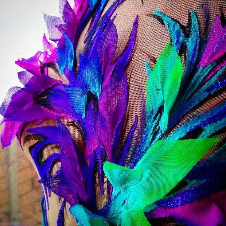 Перед расклейкой #процессы #детальки #купальники #ручнаяработа #стразы #кристаллы #костюмы #шитьемое #творчествобезграниц #leotard #sport #rg #rhytmicgymnastic #crystal #handmade #beauty #maillot #flowers #moscow
