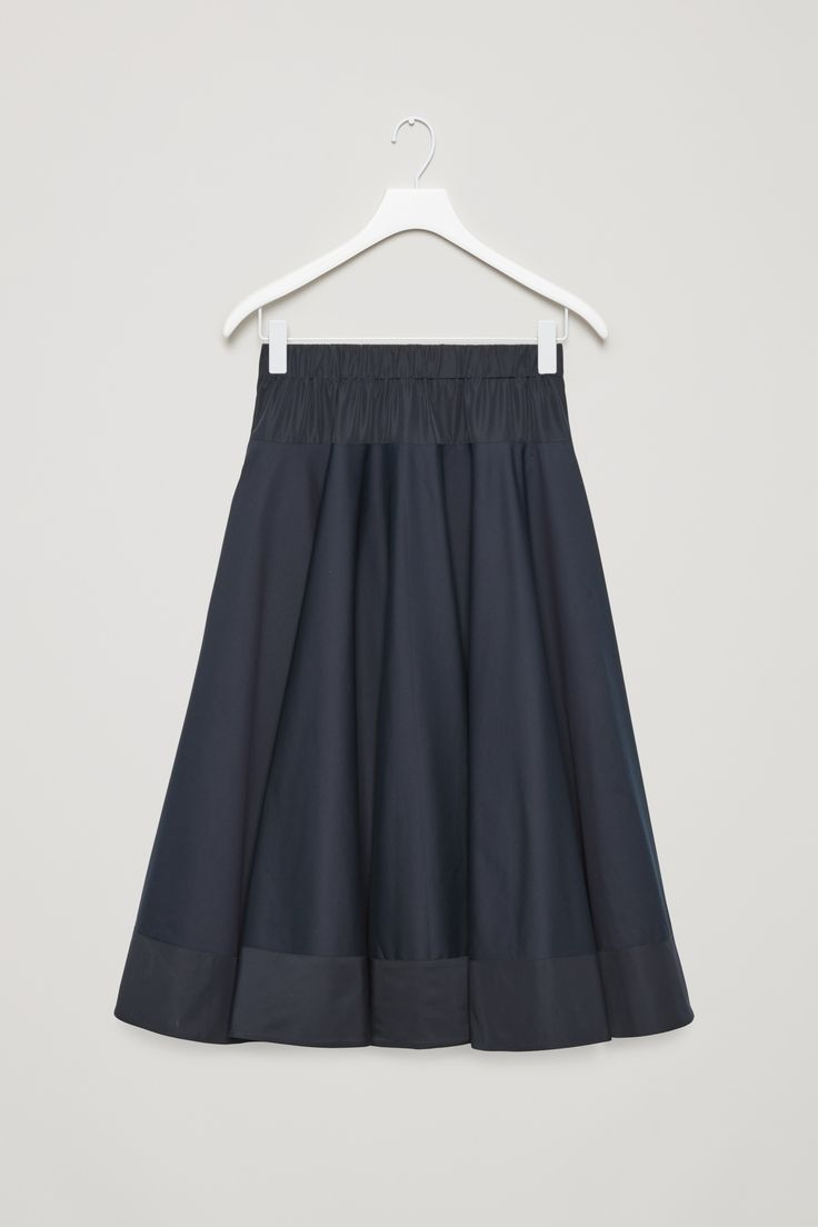 COS | Circle-cut skirt with contrast panel