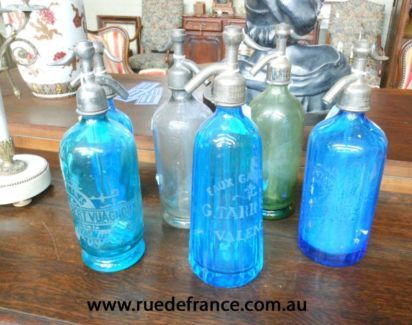 ANTIQUE  VINTAGE  FRENCH SODA BOTTLE BAR SIPHON - BLUE GLASS