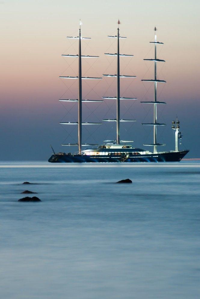 """Uno de los mejores yates de vela del mundo, Maltese Falcon definitivamente merece el de """"el mejor yate de vela para charter""""."""