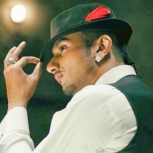 Blue Eyes Singer: Yo Yo Honey Singh