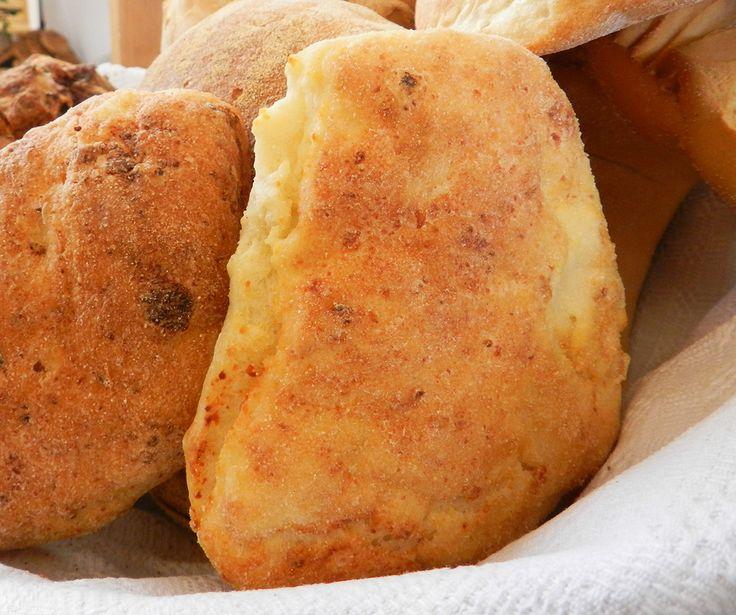 Pane alla ricotta #bread #cheese #food #recipe #sardegna #sardinia