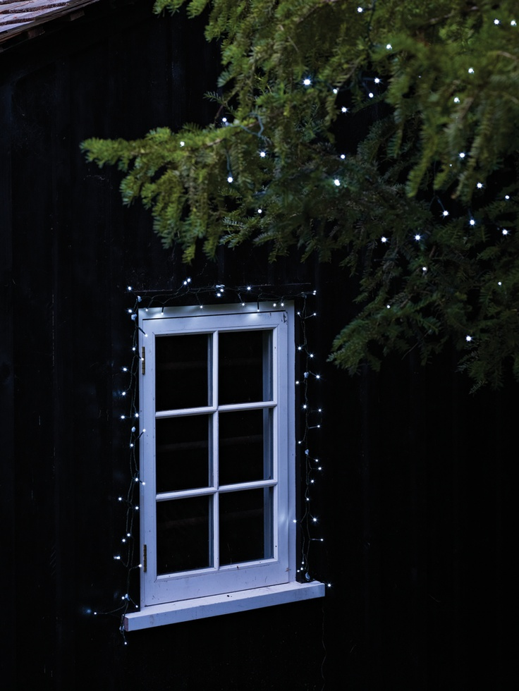 1000 ideas about outdoor tree lighting on pinterest. Black Bedroom Furniture Sets. Home Design Ideas