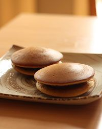 How to make Dorayaki, Pancakes with Anko, Mikasa, Japanese Dessert Recipe