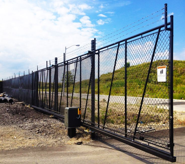 Chain Link Industrial Slide Gate #AutomatedGates #ChainLink #Industrial #SlideGate #Black