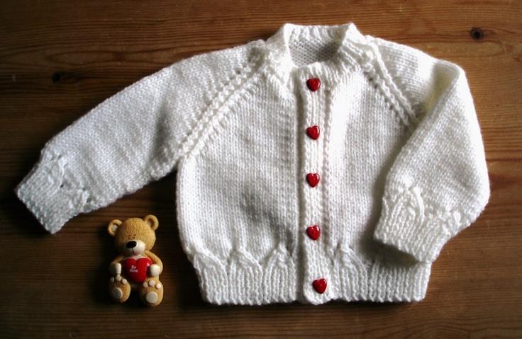 Heart Button Baby Cardigan - http://mariannaslazydaisydays.blogspot.co.uk/2013/02/st-valentines-day-cute-as-button.html