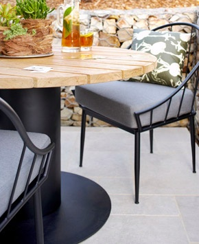 1000 images about outdoor eating furniture on pinterest modern outdoor dining chairs outdoor. Black Bedroom Furniture Sets. Home Design Ideas