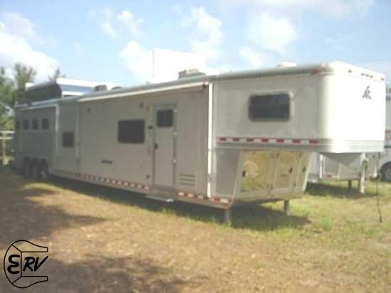 2008 Elite Living Quarter Horse Trailer With Slide Out   EquineRV.com
