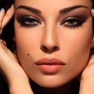 The Secret To Nadine Njeim's Full Lips