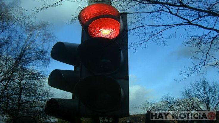 ICYMI: Detenido por manipular un semáforo harto de que siempre le pillara en rojo