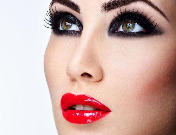 Πρωτοχρονιάτικο Μακιγίαζ Έντονο Βλεμμα - Κόκκινα χείλη. Makeup Trends