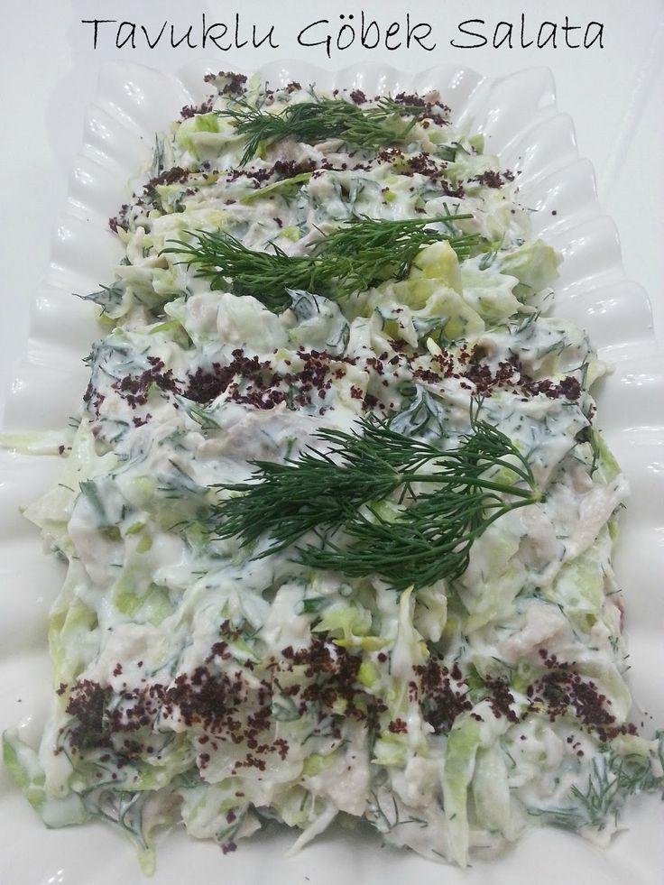 Bu akşamın ikinci tarifi,yine annemin gününde yaptığım salatalardan,tavuklu göbek salata..  Sal...