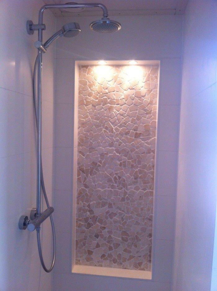Onze douche met nisje en spotjes dimbaar! (bijna klaar)