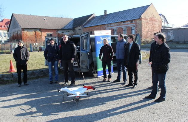 #Robodrone Kingfisher measures school building heat loss, E.ON project Save Energy