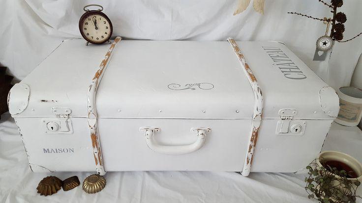 Vintage Koffer - ♥ღTraumhafter großer Koffer Shabby ♥ღ - ein Designerstück von kreativ-schloesschen bei DaWanda