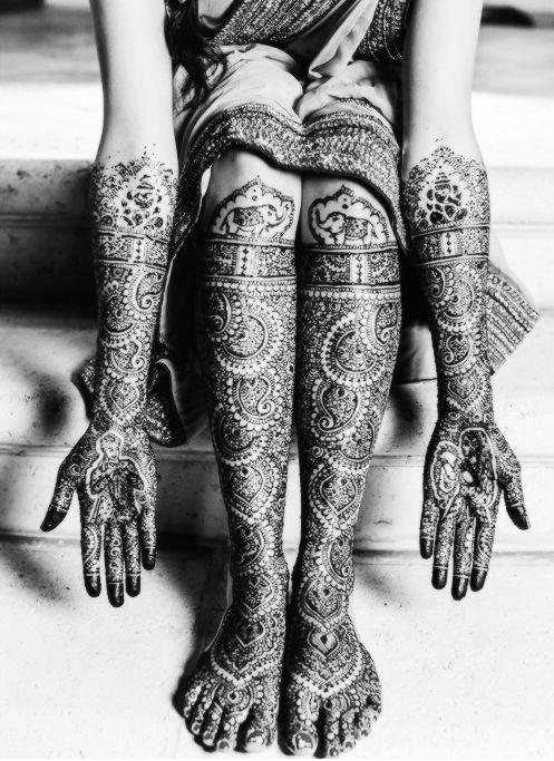Definitely what I want my mehndi to look like.