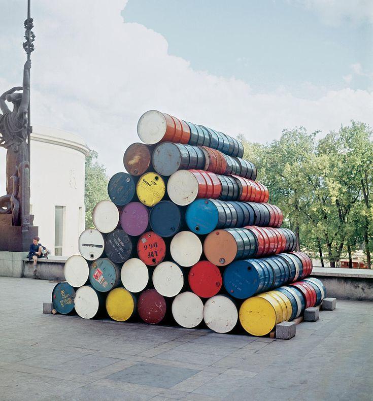 112 Oil Barrels Structure, Palais de Tokyo, Paris, 1968