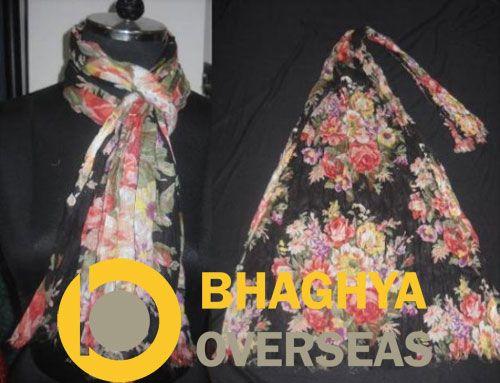 #cottonscarves #printedscarves #ladieswear #ladiesscarves #fashionaccessories #printedfabric #bhaghyaoverseas  Flower Print Cotton Scarf  Bhaghya Overseas Jodhpur