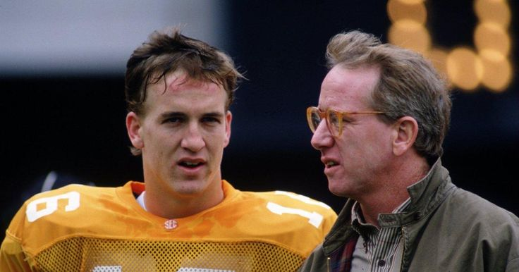 Modiano: Peyton Manning's Kill the Messenger tactic rolls on