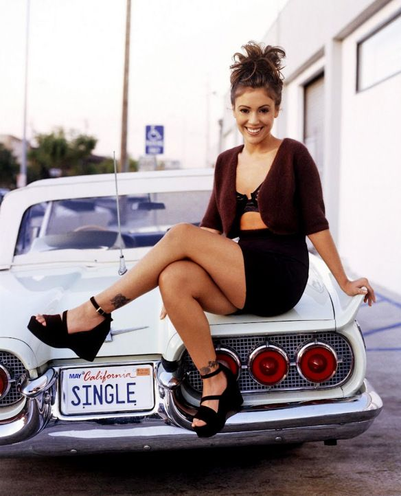 Alyssa Milano car Remember the 90s | 90's Fashion ...