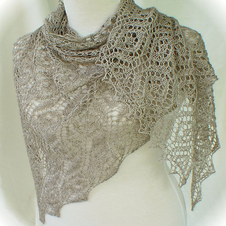 Fichu shown in natural Sexy yarn More