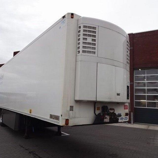 للبيع براد شبه جديد وبسعر المستعمل براد لامبيريت الانجليزي موديل 2010 مع مبرد ثيرموكنج Sl200e وبارتفاع ممتاز 270سم شا Recreational Vehicles Outdoor Gear Tent