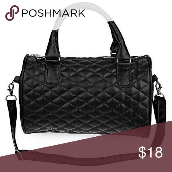 Leather Pillow Handbag Leather Pillow Handbag Price: $18.00 Leather Pillow Handbag Collection Item Type: Handbags Lining Material: Nylon Closure Type: Zipper Model Number: 1939491 Types of bags: Handbags & Crossbody bags Brand Name: BAZU Pattern Type: Pla