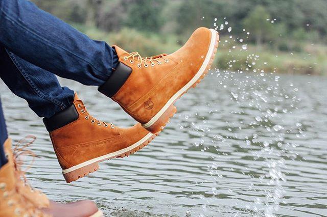 El agua siempre será uno de los motivos para salir. #moderntrail 📷: @frankvelamx  #timberland #timberlandmx #timberlandboots #botastimberland #fashionboots #waterproof