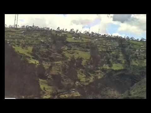 """Correspondencia Audiovisual """"Ventana a Quito"""" Desde la ventana como un pretexto y punto de partida para observar lo majestuoso que es Quito. Una ciudad acunada por montañas y diversa por todas partes. @iberartistica"""