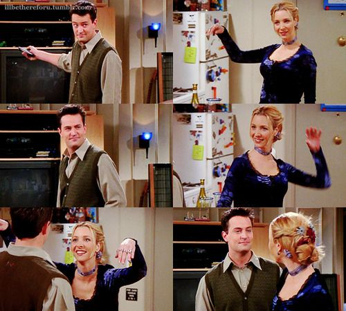Phoebe's seductive dance for Chandler