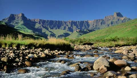 The Drakensberg Amphitheatre in the Royal Natal National Park.