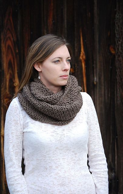 Crochet in Color: Soft Stitch Cowl Pattern