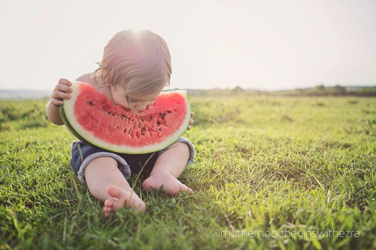 How to eat a watermelon #baby #eating #watermelon #toddler #fun