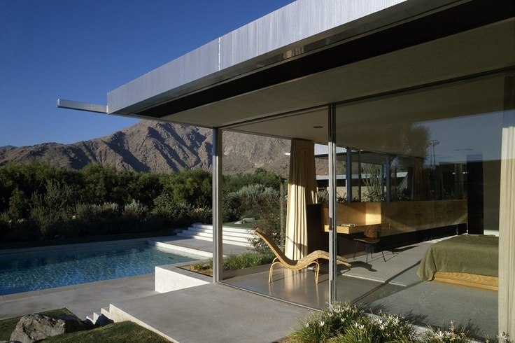 Mid century modern architecture at it's best. View and all.