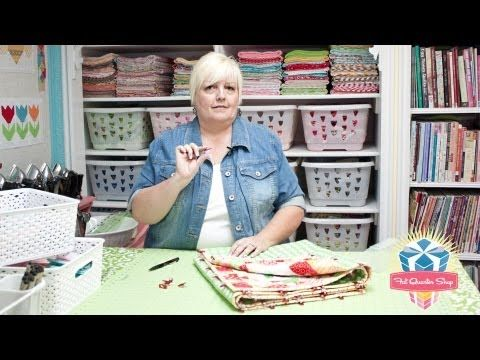 Watch Lori Holt of Bee in my Bonnet demonstrate the Clover Wonder Clips - Fat Quarter Shop YouTube Channel