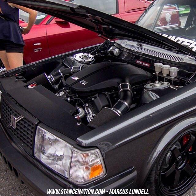 FB rip. BMW M 5 Engine in a Volvo..;-)