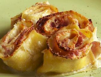 Rosette di pasta al forno ricetta regionale Emilia Romagna