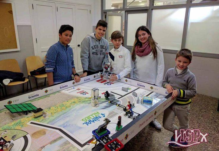 Estudiantes de #Peñíscola y #Vinaròs se entrenan para dos importantes competiciones de robótica: http://www.devina.es/actualidad/baix-maestrat/peniscola/estudiantes-peniscola-vinaros-se-entrenan-dos-importantes-competiciones-robotica/ …