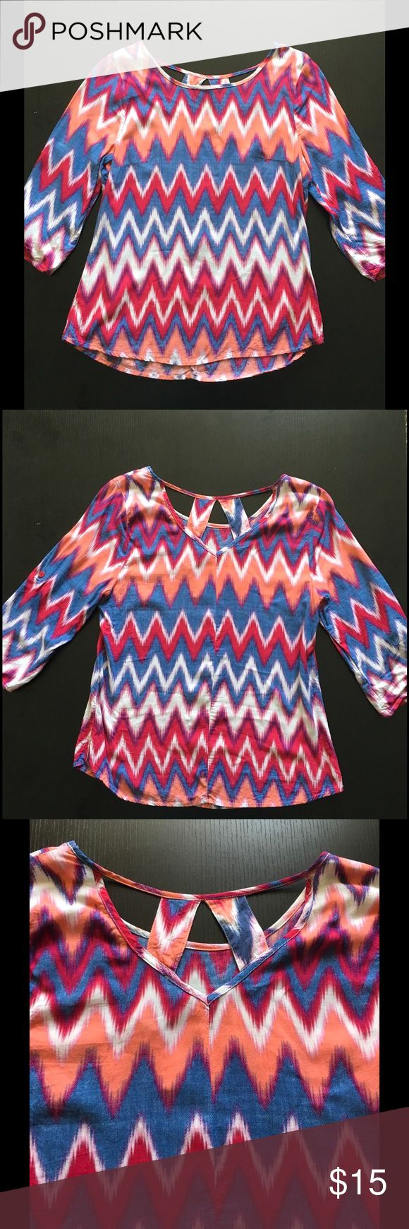 Colorful chevron top 3/4 sleeves with back cut out details. Sleeves can be rolled & buttoned or left down. Copper Key Tops Blouses